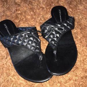 ♦️5 for $25 Item BCBG Black Sandals